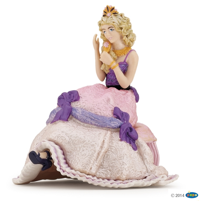 Princess Opheilie Vinyl Figure